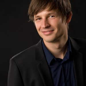 A portrait picture of Sebastian Canzler,Helmholtz‑Centre for Environmental Research
